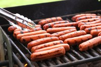 Food safety is a must for cookouts with friends and family