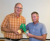 Gragg honored for dedication to horticulture industry