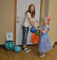 Teal Pumpkin Project provides alternative for trick-or-treaters